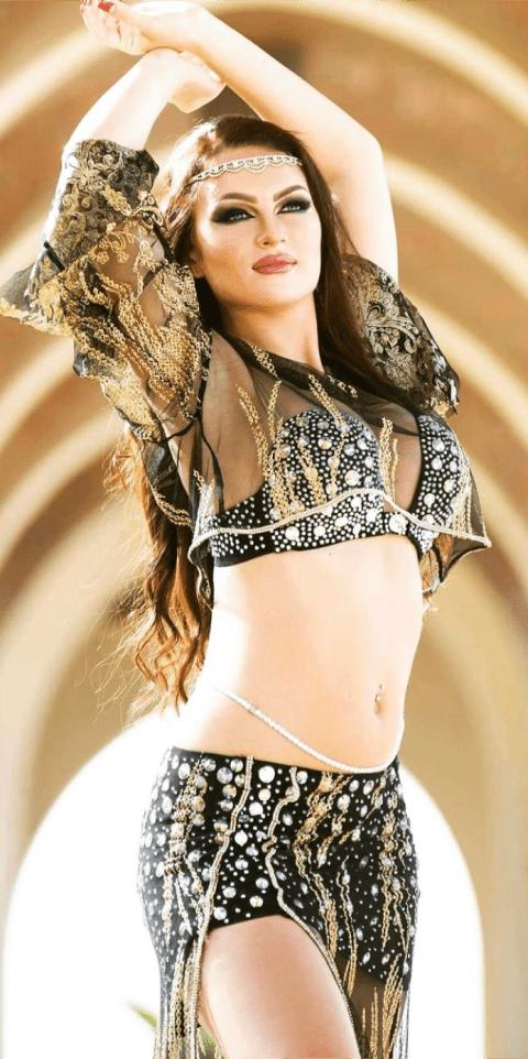 Kristina Derkach belly dance